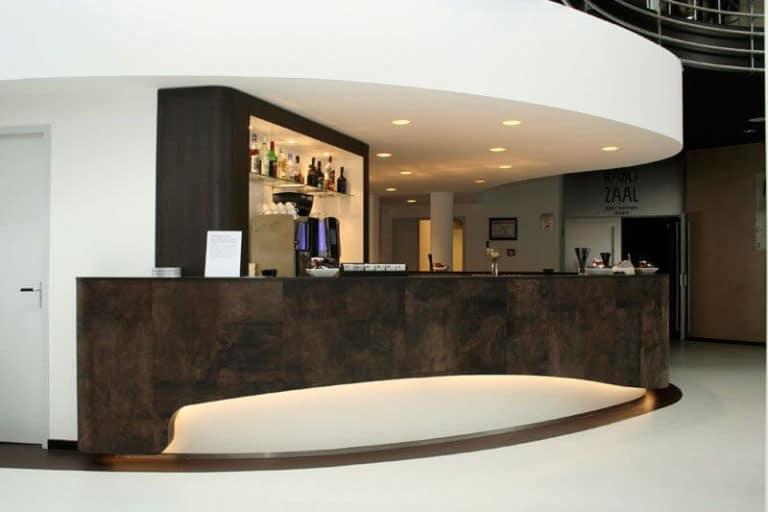 alphenberg-leather-leder-bar-theke5